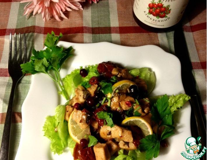 Рецепт: Курочка с клюквой, ароматными травами и лимоном