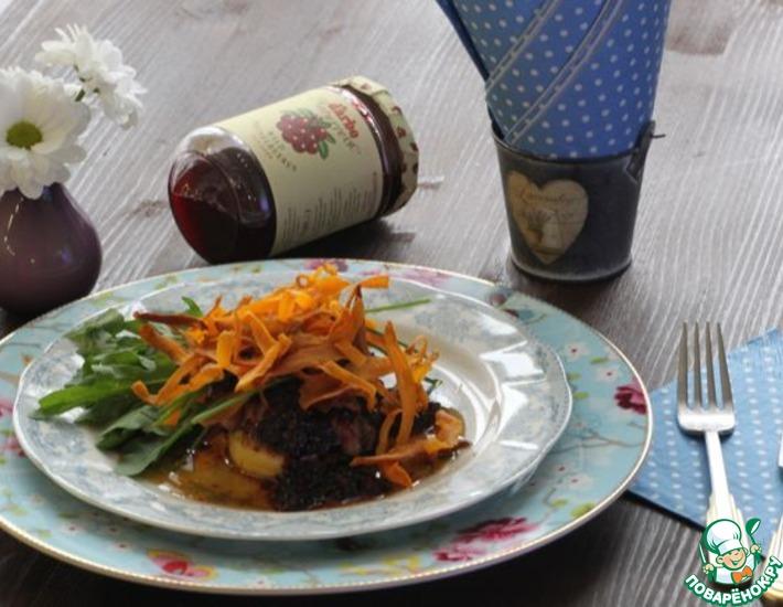 Рецепт: Фуа-гра с бруснично-малиновым соусом