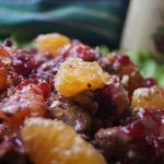 Шведский салат с печенью и бруснично-винным соусом
