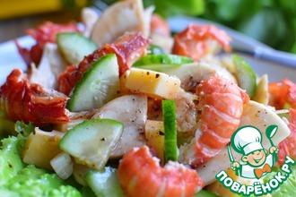 Рецепт: Салат с раковыми шейками и шампиньонами