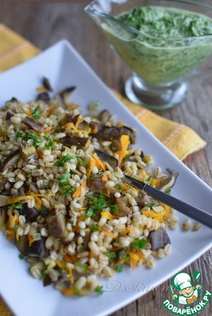 Barley with oyster mushrooms with spinach sauce