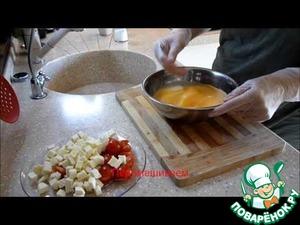 Рецепт Омлет с помидорами «черри» и адыгейским сыром