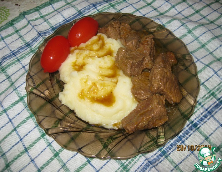 Рецепт: Тушеная говядина с подливой