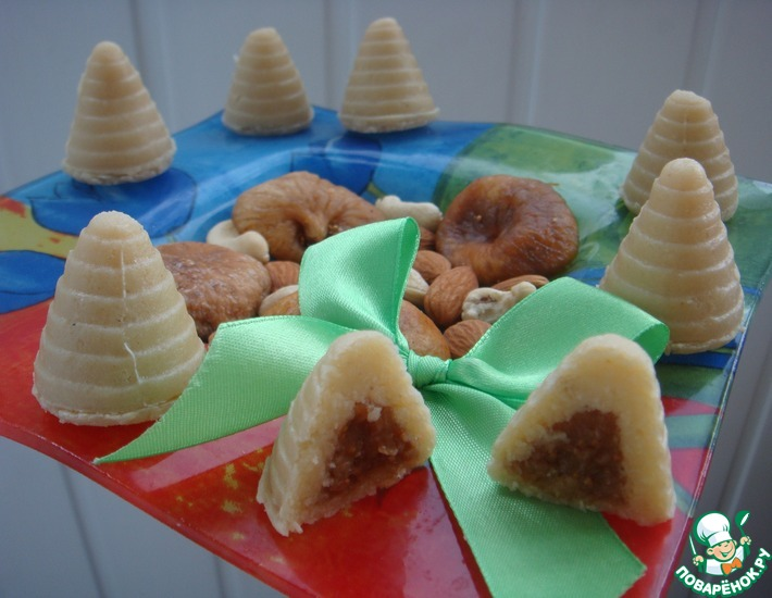 Рецепт: Печенье без выпечки Осиное гнездо