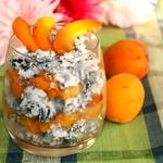 Десерт из риса с абрикосами фламбе