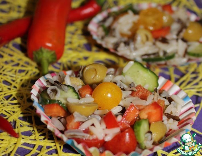 Рецепт: Салат с диким рисом и оливками