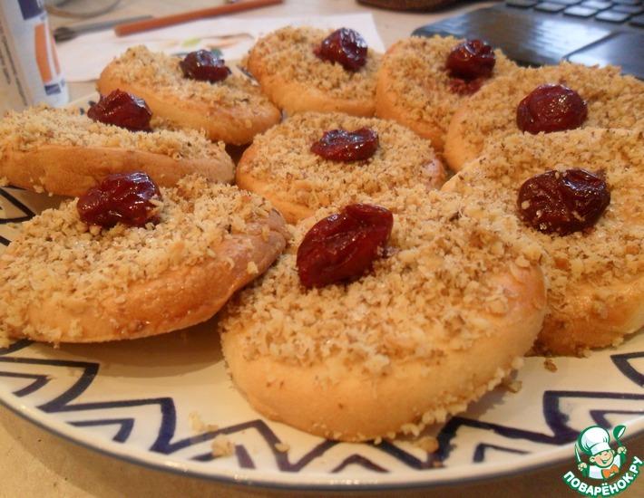 Гогошь-печенье с вишней и орехами