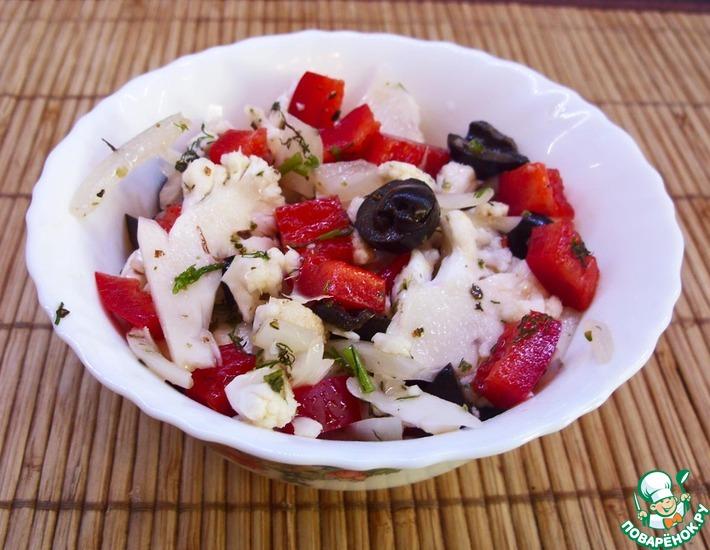 Рецепт: Салат из маринованной цветной капусты