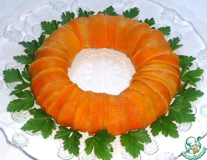 Рецепт: Мясное кольцо в морковных лентах