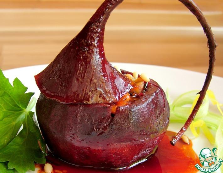 Рецепт: Фаршированная свекла в гранатовом соусе
