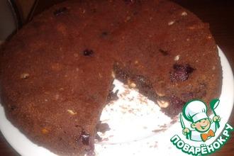 Рецепт: Шоколадный пирог с вишнями и фундуком