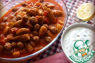 Рецепт: Бамия с мини-фрикадельками