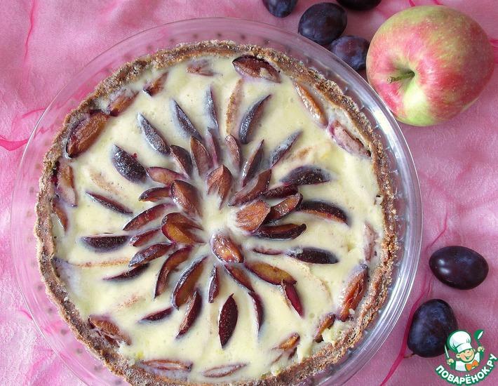 Рецепт: Яблочно-сливовый тарт