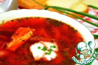Рецепт: Куриный суп со свеклой и щавелем