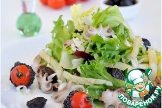 Рецепт: Легкий салат с морепродуктами