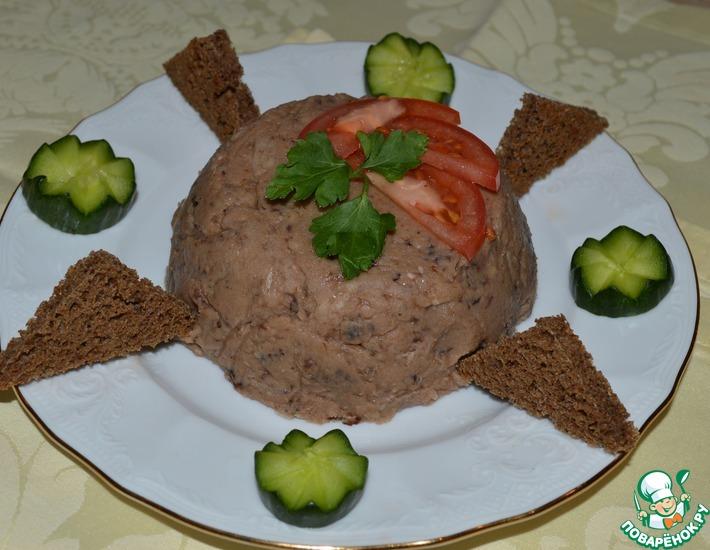 Рецепт: Паштет из белой фасоли с чесноком и черносливом
