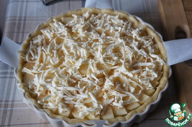 Яблочный пирог с фруктовым джемом