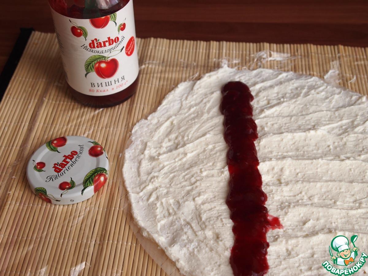 Творожно-вишневые роллы в рисовой бумаге