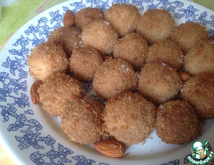 Рецепт: Кокосовое печенье с миндалем