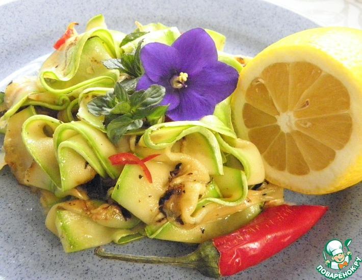 Рецепт: Салат из кабачков с мятой