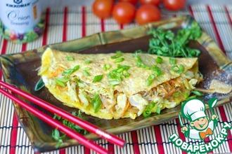 Рецепт: Омлет с овощами и рисовой лапшой
