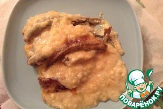 Рецепт: Корюшка, запеченная в мультиварке с луково-творожным соусом