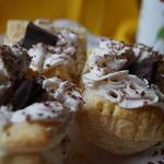 Пирожные с чиз-кремом и конфитюром