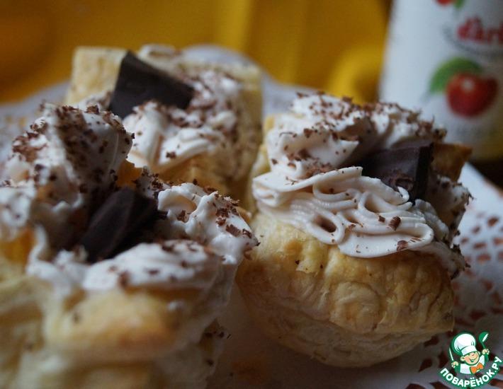 Рецепт: Пирожные с чиз-кремом и конфитюром