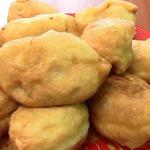 Дрожжевые жареные пирожки с капустой