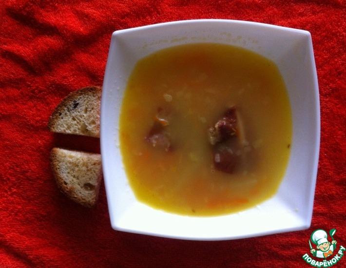 Рецепт: Гороховый суп с копчеными ребрышками