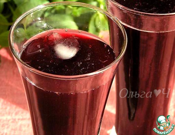 Рецепт: Морс из черной смородины с мятой