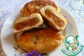 Рецепт: Жареные пирожки с тыквенно-яблочной начинкой
