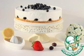 Рецепт: Йогуртовый торт с ягодами без выпечки