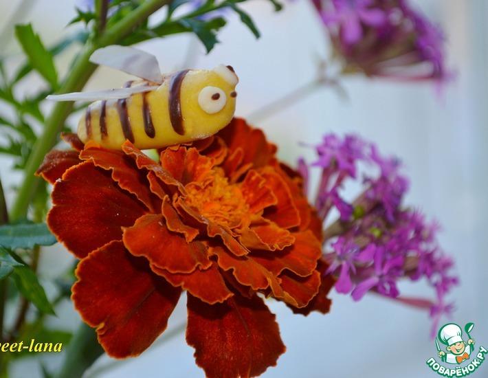 Рецепт: Пчелки из мастики