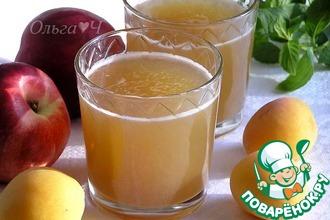 Рецепт: Яблочно-нектариновый морс с мятным сиропом