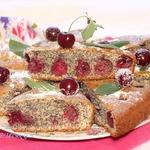 Маковый пирог с вишней