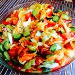 Пикантный салат из свежих овощей Летнее сокровище