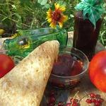 Кетчуп из помидоров и красной смородиной