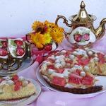 Пирог с виноградом и арбузом