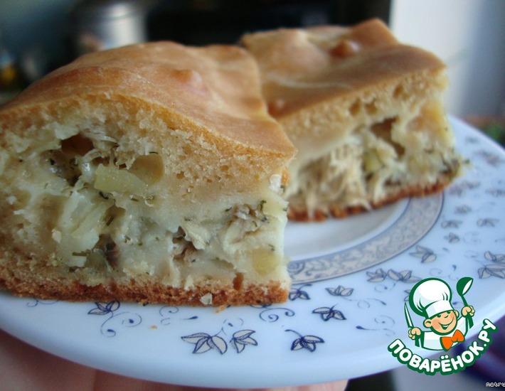 Рецепт: Пирог на кефире с рыбной начинкой