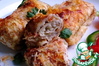 Рецепт: Блинчики с творожно-сырной начинкой и паприкой