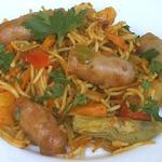 Паста а ля касуэла с колбасками и овощами