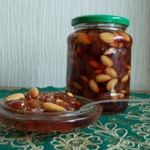 Варенье из винограда с миндальным орехом