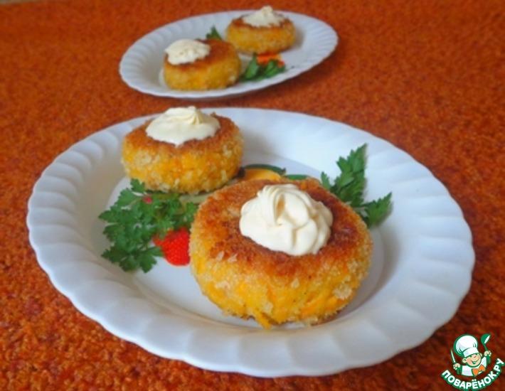 Рецепт: Морковно-нутовые котлеты с творожно-сливочной начинкой