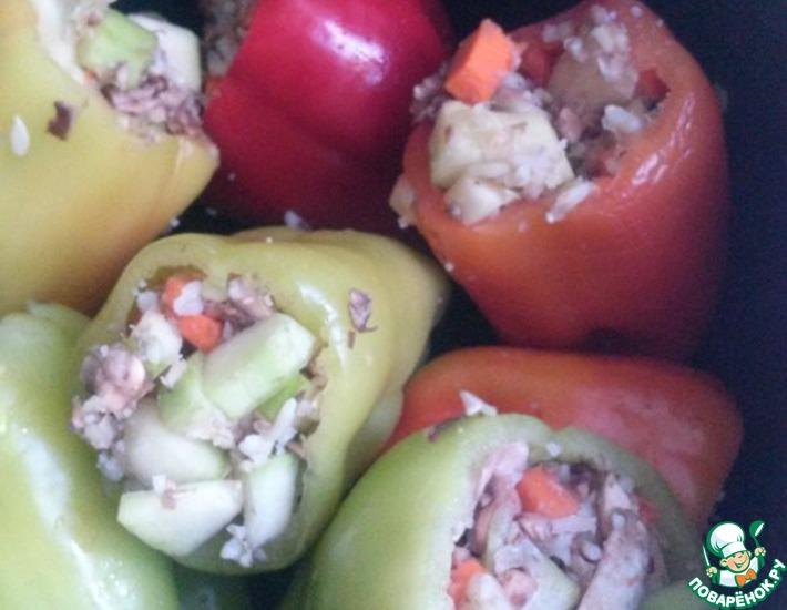 Рецепт: Фаршированный перец по-вегетариански в мультиварке