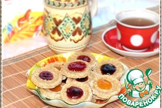 Рецепт: Миндально-овсяное печенье с джемом