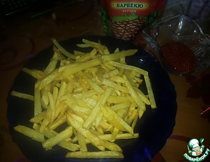 Рецепт: Картофель жареный между фри и пай