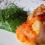 Филе окуня на картофельно-шпинатном пюре