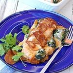 Запеченный лосось со шпинатом