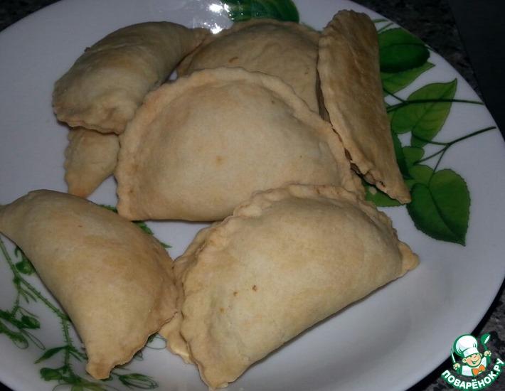 Рецепт: Индонезийские пирожки с лапшой и яйцом